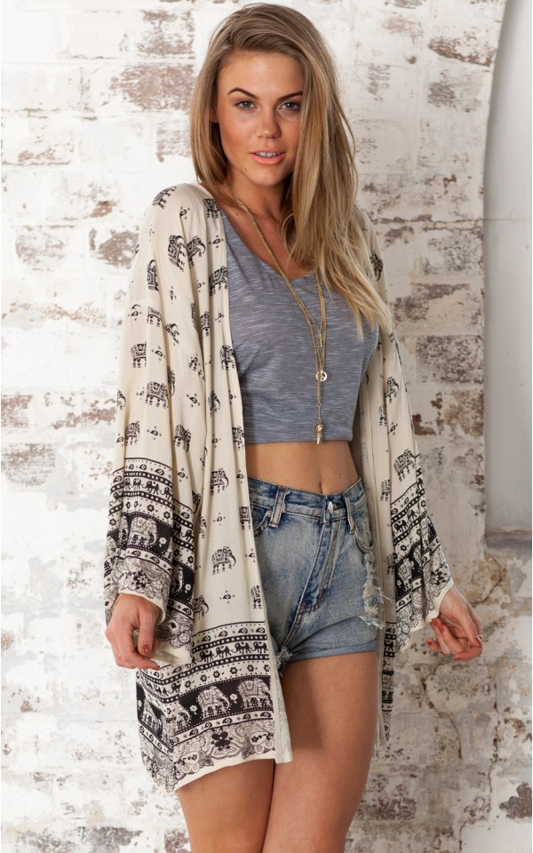Call of the wild kimono in cream print