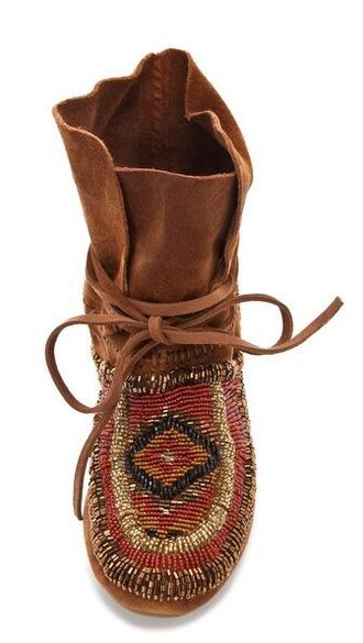 shoes boots tribal boot tribal shoe moccasin boots indian style indian boots boho country hippie boho boots tribal pattern moccasins boho chic
