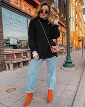sweater,black sweater,oversized sweater,knitwear,white shirt,jeans,boyfriend jeans,boots,high heels boots,crossbody bag,mini bag,sunglasses,hoop earrings