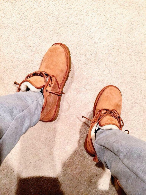 shoes boots mens ugg boots menswear ugg boots furry boots tan color ugh boots with laces.