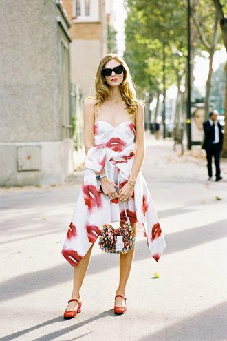 vanessa jackman blogger lips bustier dress print