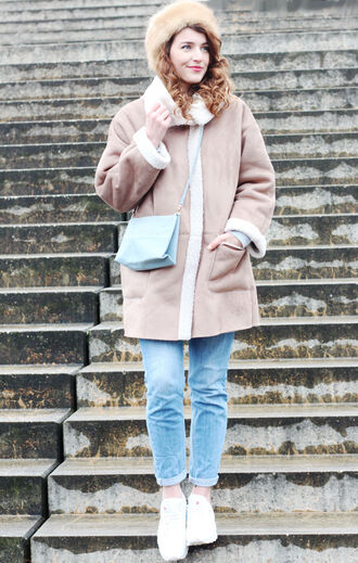 samieze blogger coat jeans bag hat