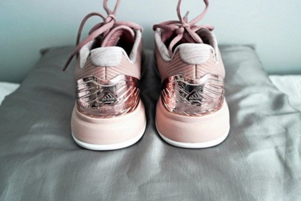 aeccf4aec111a shoes adidas shoes rose sneakers low top sneakers adidas rosé pink metallic