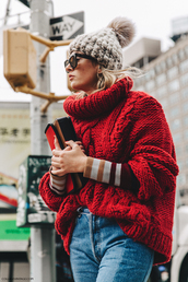 sweater,tumblr,red sweater,red cable knit sweater,cable knit,turtleneck,turtleneck sweater,oversized sweater,oversized turtleneck sweater,oversized,denim,jeans,blue jeans,patchwork,beanie,pom pom beanie,bag,red bag,streetstyle