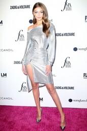 dress,gigi hadid,model,metallic,silver,pumps,red carpet dress,fashion week