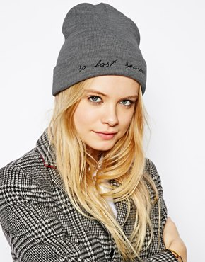 Accessories | Hosiery, gloves, scarves, hats, belts | ASOS