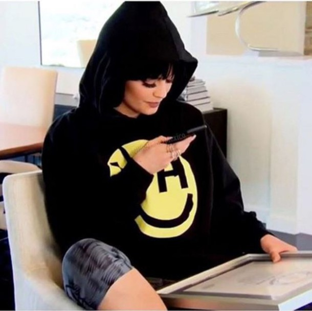 sweater sweatshirt hoodie instagram kylie jenner. Black Bedroom Furniture Sets. Home Design Ideas