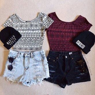 top shorts summer outfit hat
