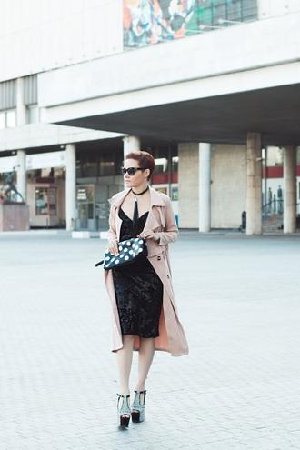 gvozdishe blogger coat dress shoes bag sunglasses trench coat clutch sandals platform sandals black dress spring outfits