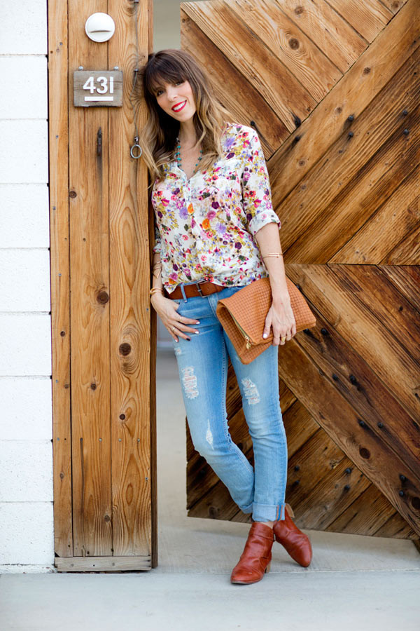 a house in the hills jeans blouse bag shoes jewels
