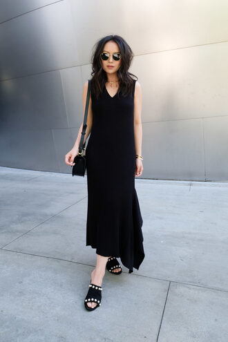 the fancy pants report blogger dress sunglasses bag mules midi dress shoulder bag spring outfits summer black dress