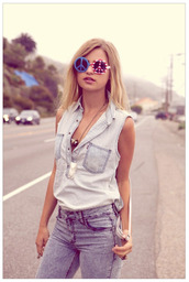shorts,sunglasses,jeans,top,All denim outfit,denim,blue jeans,denim top,sleeveless top,summer outfits