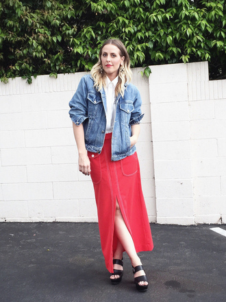 b. jones style blogger slit skirt red skirt denim jacket black sandals