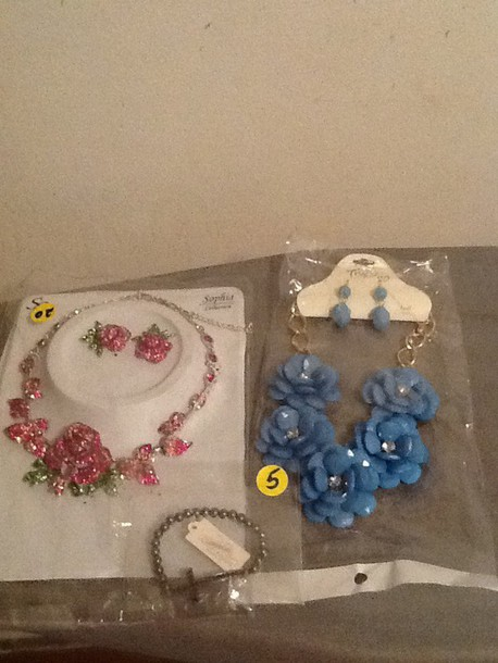 jewels floral necklace earrings earrings roses rose green blue gold cross jesus rhinestones Rinestone bling girly gift ideas gift ideas accessories spring silver studs beaded Fashionjewelry crystal crystal ear cuff dragon pumps heels hight heels red sole shiny sparkle cut-out strapless