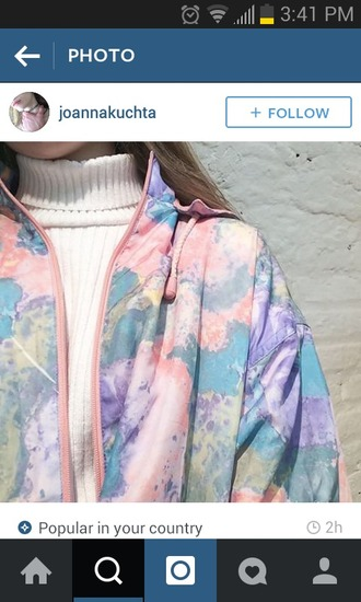 jacket raincoat rain jacket urban pastel pink joanna kuchta pastel pink pastel pink soft grunge kawaii kawaii grunge pale t-shirt shirt cool blue white tie dye purple bomber jacket joanna kucha girl clothes pastel grunge multicolor pink jacket blue jacket sky blue windbreaker