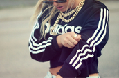 adidas sweater,gold chain,gold necklace,adidas,sweater,urban,dope,necklace,jewelry,t-shirt,belly top,top,stripes,black and white,jumper,black,white