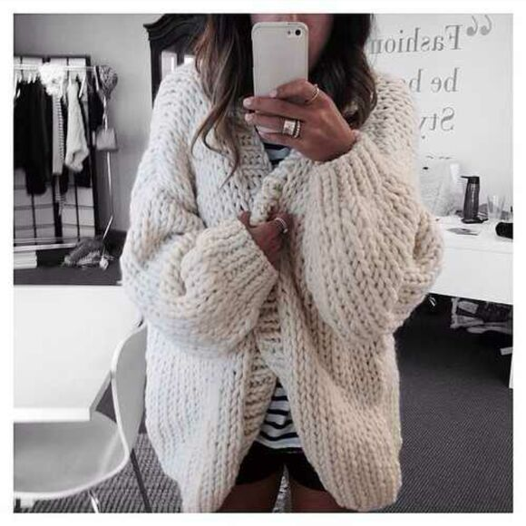 jacket white jacket cardigan jeans skinny jeans top ring jewels oversized cardigan knitted cardigan knitwear beige girl sweater white