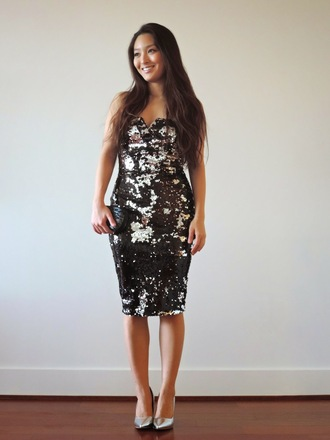 sensible stylista blogger sequin dress pencil dress holiday dress new year's eve silver shoes