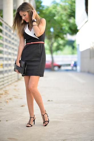 mi aventura con la moda blogger office outfits black and white dress