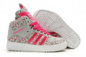Online Shop UK Adidas Originals Metro Attitude Logo W Flower Print Shoes