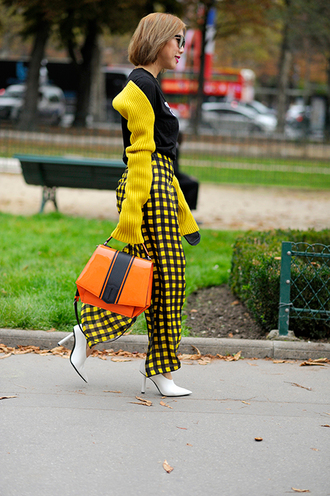 pants tumblr checkered yellow yellow pants streetstyle bag orange orange bag neon shoes white shoes