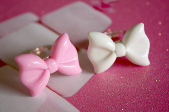 ring white jewels pink jewels bow
