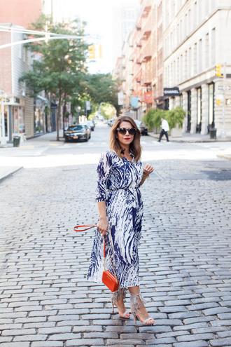 the corporate catwalk blogger midi dress fringe shoes
