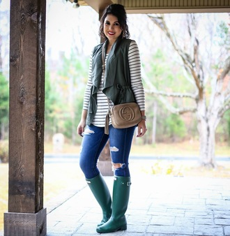 life & messy hair blogger top jeans jewels shoes jacket gucci bag vest wellies striped top