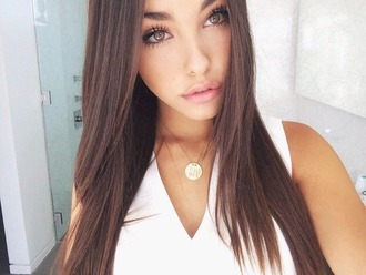 jewels gold necklace madison beer
