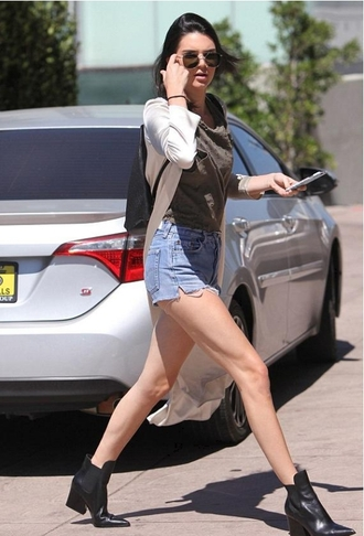 shorts kendall jenner sunglasses shoes bag top sweater short boot