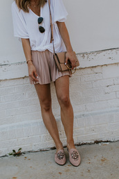 t-shirt,drape front top,pleated shorts,loafers,suede loafers,embellished shoes,clutch,blogger,blogger style