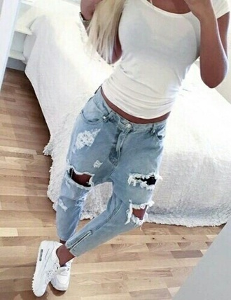 jeans blue ripped