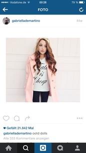 coat,gabi demartino,rose coat,pink coat,rose coat gabi demartino,dress,balmain,black dress