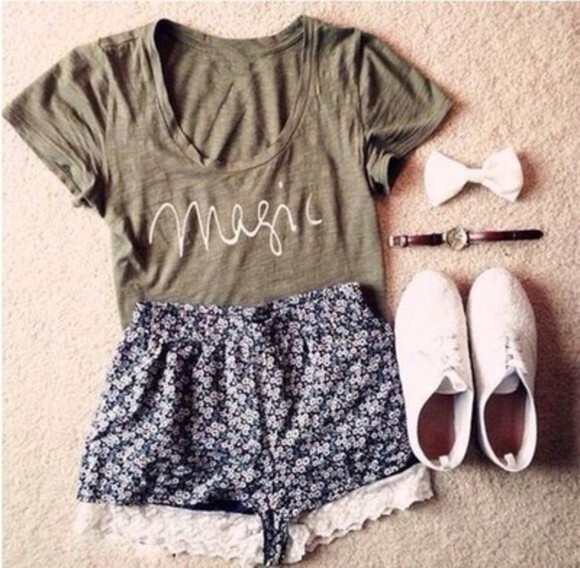 quote on it shirt shoes jewels shorts floral shorts popular outfit outfits