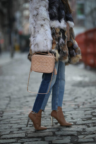 bag tumblr nude bag chanel chanel bag jeans denim blue jeans boots nude boots high heels boots fur coat coat big fur coat