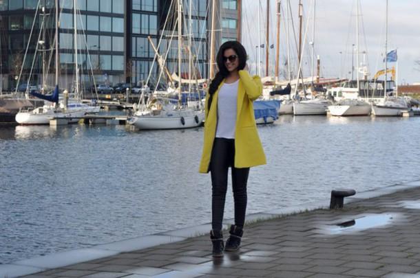 satisfashion blogger coat sunglasses pants shirt shoes