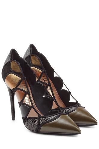 cut-out pumps leather black shoes