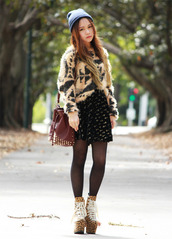 chloe ting,sweater,skirt,bag,jewels