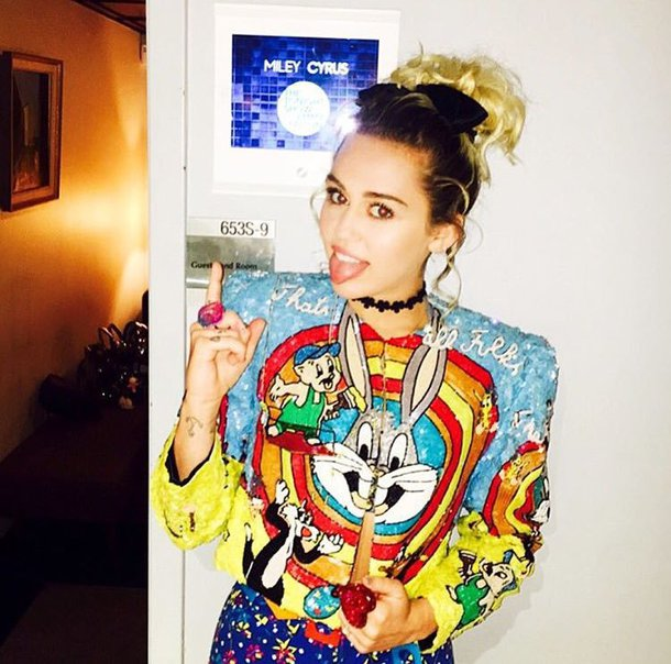 jacket colorful miley cyrus bugs bunny black and white looney toons rhinestones miley cyrus shirt