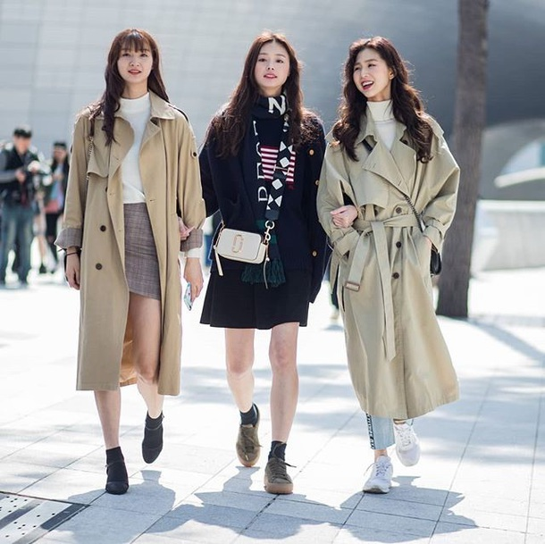 07091ef014e5 coat trench coat oversized oversized coat skirt mini skirt top turtleneck  dress sneakers boots black dress