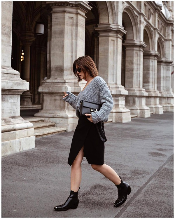 sweater oversized sweater v neck wrap skirt black skirt midi skirt ankle boots clutch