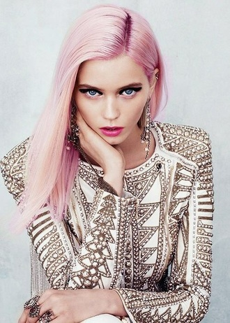 dress white gold embroidered pastel hair pink hair hair/makeup inspo