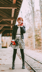 the clothes,blogger,belt,gloves,floral skirt,leather jacket,knitted sweater,unicorn,winter outfits,lace-up shoes,clutch,opaque tights,white cable knit sweater,cable knit,leather gloves