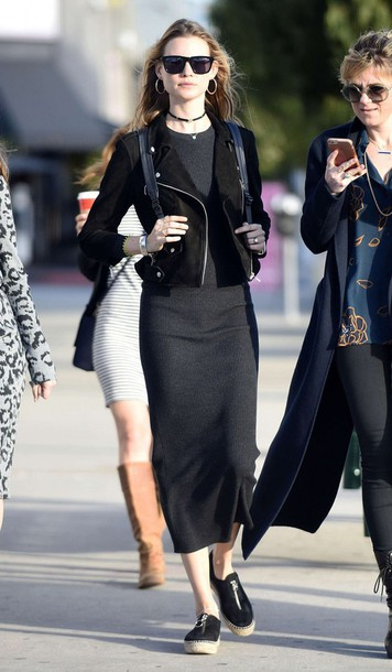 dress midi skirt ribbed sneakers fall outfits behati prinsloo model off-duty model jacket shoes espadrilles jewels necklace choker necklace black choker jewelry