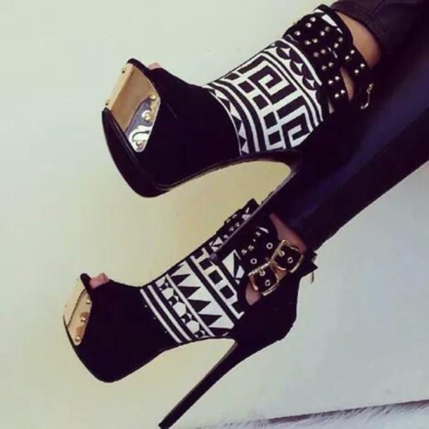 shorts shoes heels