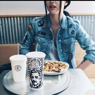 jacket acacia brinley denim jacket cool denim cardigan tumblt girl starbucks coffee hipster jeans nice clothes young 19 chipotle lips black hair drinks food wow grunge jean jacket
