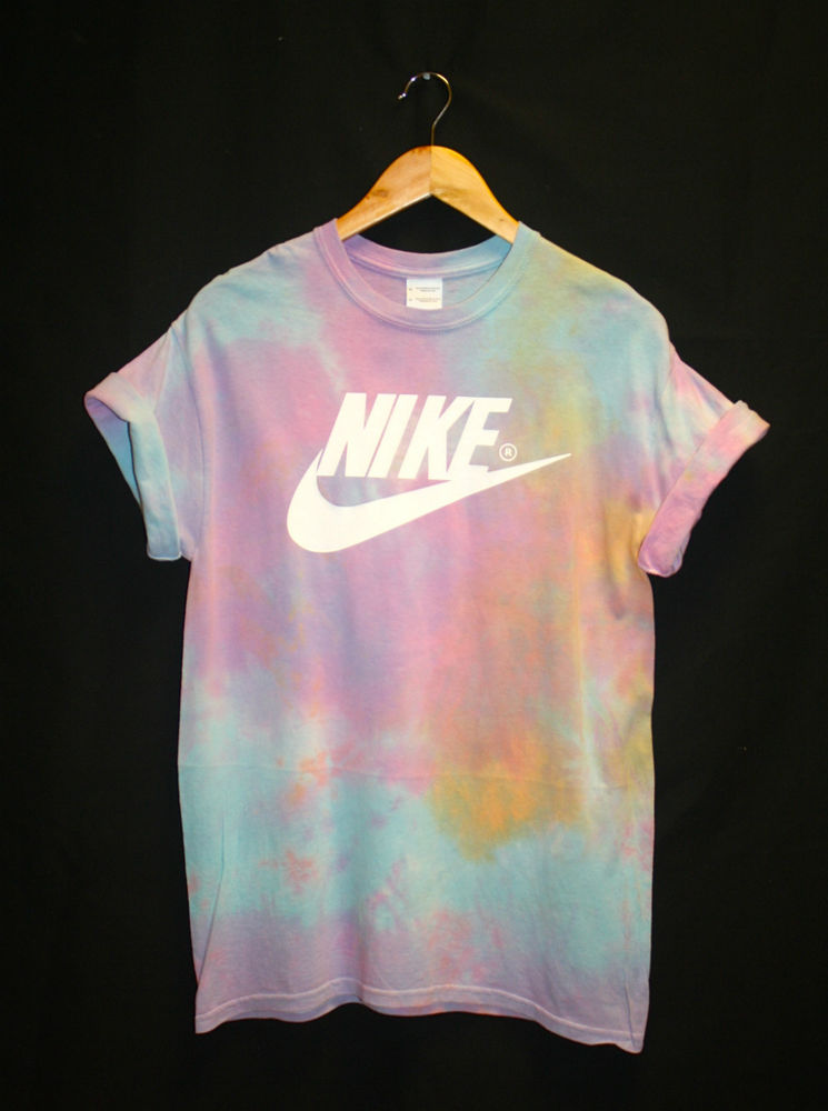 Nike tie dye acid wash t shirt m festival hipster indie for Nike tie dye shirt and shorts