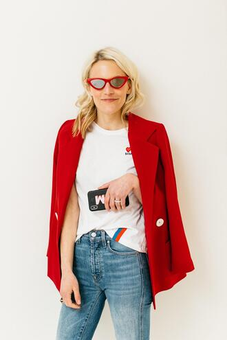 luella & june blogger sunglasses jacket t-shirt jeans red jacket blazer