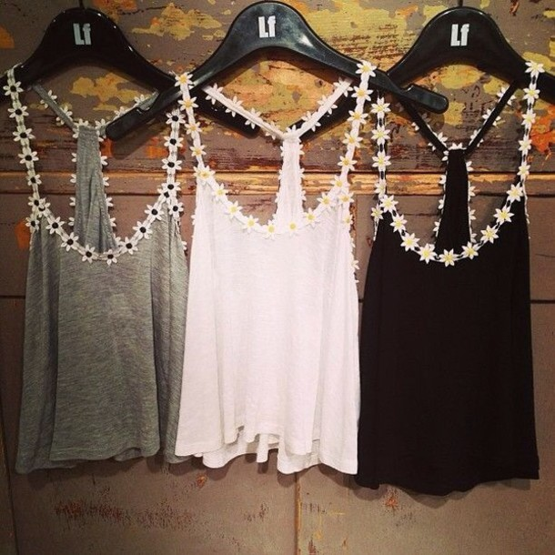 tank top flowers daisy black white simple tee cute shirt floral tank top daisies daisy floral vest clothes skirt t-shirt daisy's yellow top flower shirt flowered coulorful white t-shirt white top white shirt grey t-shirt black top grey floral flowers cute top racerback