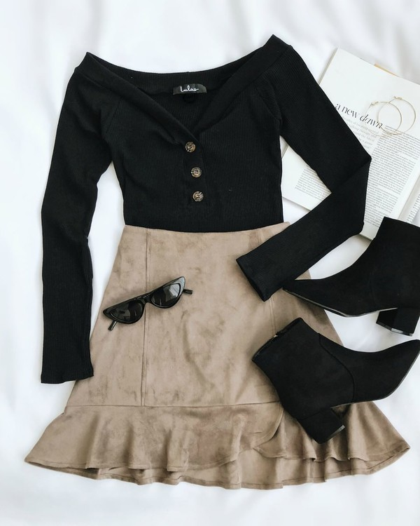 top black top skirt beige skirt